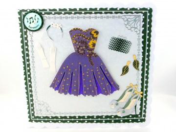 Glückwunschkarte Frau mit Kleid in lila, Handschuhe, Ohrringe, Tasche, Haarreifen, ca. 15 x 15 cm