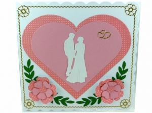 Hochzeitskarte mit Brautpaar, Herzen und Blumen, ca 15 x 15 cm - Handarbeit kaufen