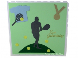 Tenniskarte, Geburtstagskarte, Grußkarte, Tennis, Tennisspieler, Tennisschläger und Tennisbälle,  die Karte ist ca. 15 x 15 cm - Handarbeit kaufen