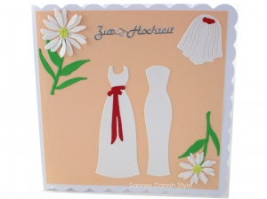 Romantische, leichte Hochzeitskarte für zwei Frauen, Kleider und Blumen, die Karte ist ca. 15 x 15 cm - Handarbeit kaufen