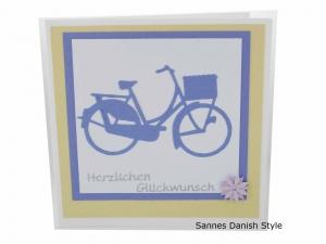 Grußkarte Fahrrad, Damenfahrrad in lila, harmonische Glückwunschkarte, die Karte ist ca. 13,5 x 13,5 cm - Handarbeit kaufen