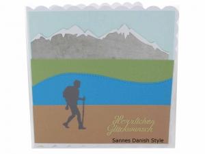 Wanderer Grußkarte, Wanderkarte, Geburtstagskarte, Grußkarte Ausflug, 3D Geburtstagskarte Wandern für Wanderer mit Berge, See und Wiese,  ca. 15 x 15 cm - Handarbeit kaufen