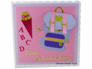 Grußkarte Schulanfang, Einschulungskarte, Karte Einschulung, Schulranzen, Schultüte, die Karte ist 15 x 15 cm  - Handarbeit kaufen
