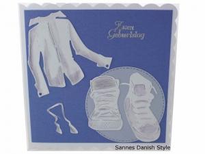 Geburtstagskarte Jungs, 3D Geburtstagskarte für Jungen, mit Turnschuhe und Hemd, Grußkarte für Jungen, die Karte ist ca. 15 x 15 cm  - Handarbeit kaufen