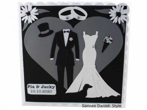 RESERVIERT, Hochzeitskarte für zwei Frauen, schwarz weiß, Hosenanzug, Hochzeitskleid, die Karte ist ca. 15 x 15 cm