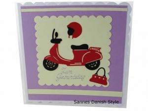 Grußkarte, Roller, Mädchen, 3D Geburtstagskarte, Moped, Mädchen, Motorroller, Helm und Handtasche, Karte für Mädchen,  die Karte ist ca. 15 x 15 cm - Handarbeit kaufen