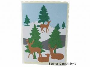 Geburtstagskarte, Grußkarte mit Wintermotiv, Rehe und Tannen, schöne Geburtstagskarte, die Karte hat ca. DIN A6 (14,8 x 10,5) Format - Handarbeit kaufen