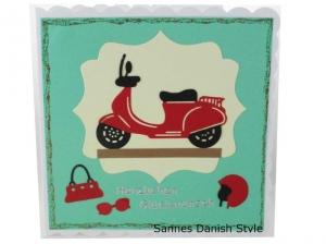 Grußkarte, Mädchen, Roller, 3D Geburtstagskarte, Moped, Mädchen, Motorroller, Helm, Sonnenbrille und Handtasche, Karte für Mädchen, die Karte ist ca. 15 x 15 cm - Handarbeit kaufen