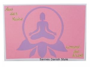 Meditation, Postkarte mit einer Frau, Innere Ruhe, Postkarte mit Text, die Postkarte ist ca. DIN A6 (14,8 x 10,5) Format - Handarbeit kaufen