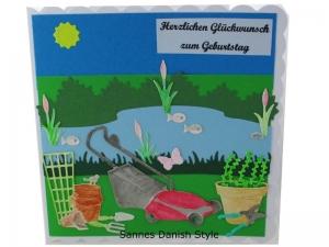 3D Grußkarte, Geburtstagskarte für Gartenfreunde, See, Blumentöpfe und Gartengeräte, Aquarellkarte, die Karte ist ca. 15 x 15 cm - Handarbeit kaufen