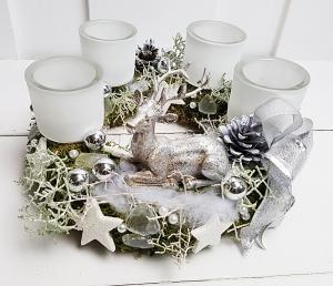 Adventskranz silber weiß Weihnachtskranz Hirsch