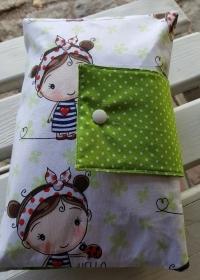 ♥ XXL Windeltasche ♥ Mädchen mit Marienkäufer Punkte hellgrün weiß Dots Wickeltasche