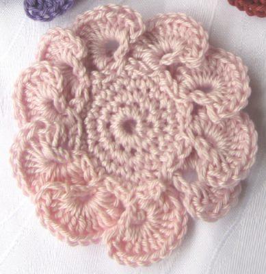 Blüte ☀ handgehäkelt aus Baumwolle in Rosa oder in Ihrer Wunschfarbe bestellen