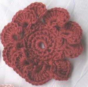 Blüte ☀ handgehäkelt aus Baumwolle in Rot oder in Ihrer Wunschfarbe bestellen