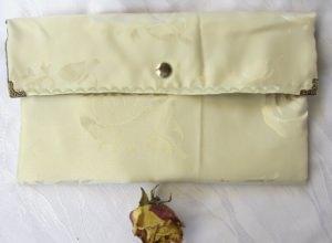 Clutch handgemacht aus cremefarbigem Stoff kaufen