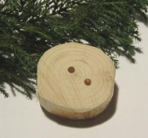 Knopf handgemacht aus Wacholderholz kaufen