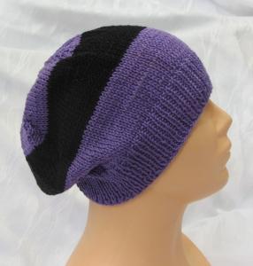 Handgestrickte Mütze Männer gestrickt aus Baumwolle in Lila und Schwarz kaufen