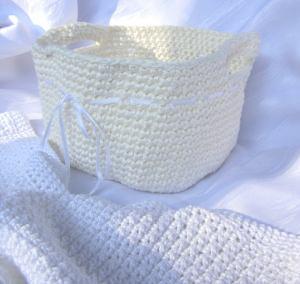 Utensilo für das Bad handgehäkelt aus Baumwolle in Creme kaufen
