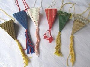 Spitztüten im Sechserset als Geschenkanhänger oder Dekoration handgefertigt aus Wellpappe bestellen