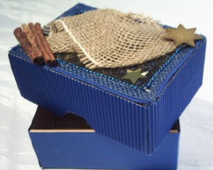 Geschenkschachtel handgefertigt aus verschiedenen Materialien kaufen