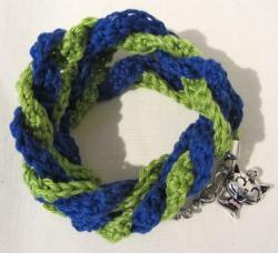 Wickelarmband ♡ handgehäkelt aus Baumwolle in Blau und Grün kaufen