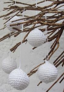 Schneeball handgehäkelt aus Baumwolle in Weiß kaufen