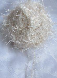 Fransenwolle Restwolle  in Creme ohne Banderole und handgewickelt zum Häkeln und Stricken Nadelstärke 3,5 - 4,5 mm (Grundpreis 100 g/4,21 €) kaufen
