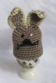 Eierwärmer Osterhase handgehäkelt aus Baumwolle für den Osterfrühstückstisch bestellen