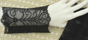 Stulpen Armstulpen ♥ handgenäht aus edler transparenter und elastischer Spitze in Schwarz mit edlem Muster für festliche Anlässe oder als Ärmelverlängerung  kaufen