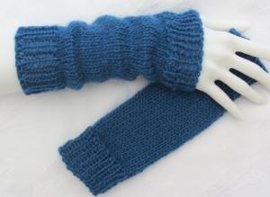 Stulpen Armstulpen ♥ handgestrickt mit Bündchen aus Wolle in Petrol kaufen