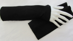 Handgefertigte Stulpen Armstulpen ♥ genäht aus elastischem Jerseystoff in Schwarz für festliche Anlässe oder als Ärmelverlängerung  kaufen