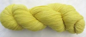Handgefärbte Sockenwolle Gelbe Rose in Gelbtönen (4-fach) Nadelstärke 2 - 3 (Grundpreis 100 g/10,50 €) - Handarbeit kaufen
