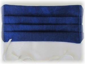 Behelfs Mund Nasen Maske Gesichtsmaske zweilagig aus Baumwollstoff in Blau mit Gummiband zum Binden kaufen - Handarbeit kaufen