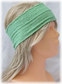 Handgefertigtes Stirnband ♥ zugeschnitten und genäht aus leichtem mintgrünen Stoff mit einem schönen Strukturmuster kaufen
