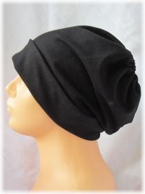 Handgefertigte Mütze ♡ Wendemütze ♡ Damen mit Öffnung für Pferdeschwanz aus Baumwolljersey in Schwarz kaufen - Handarbeit kaufen