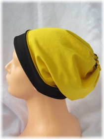 Handgefertigte Mütze ♡ Wendemütze ♡ Damen mit Öffnung für Pferdeschwanz aus Baumwolljersey in Schwarz Gelb kaufen - Handarbeit kaufen