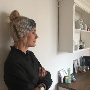 !SALE ! Stirnband * MARIE *  Farbverlaufsgarn grau und beige handgestrickt von zimtblüte      - Handarbeit kaufen