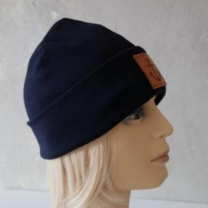 Hipster Beanie aus Rippenjersey mit XL Label Mütze blau und andere Farben von zimtblüte