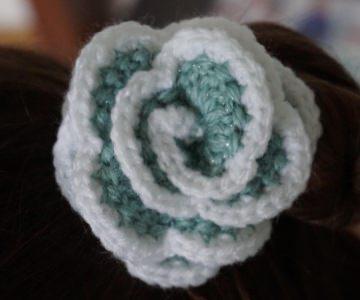 ♡ 2 Stück Haargummi  Rose in der Variante grün/weiß glitzer ♡ amigoll9 ♡ Handarbeit ♡