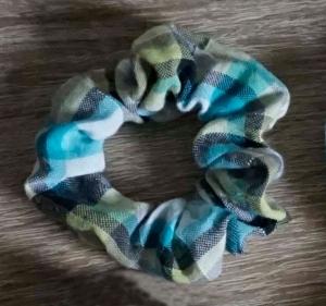 Scrunchies / Haargummi ♡ Handmade genäht für Kinder (kleiner) - Handarbeit kaufen