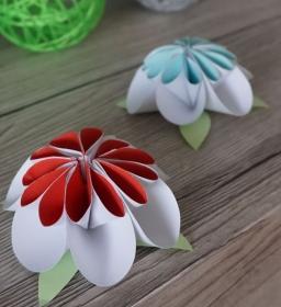 Bastelzubehör ♡ 3D-Dekoblumen aus Papier ♡ 2 Stück ♡ amigoll9 ♡ Handarbeit - Handarbeit kaufen