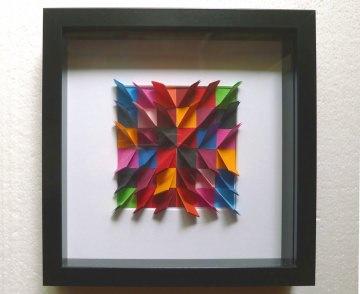 3D-Wallart Origami bunt im schwarzen Rahmen
