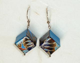 Ohrhänger Origami Würfel blau gold Blütenmuster