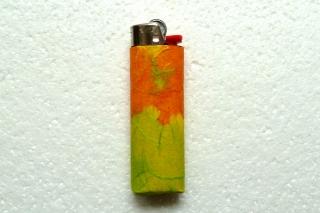 Feuerzeughülle orange-hellgrün gemuster für BIC-Feuerzeuge