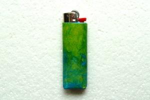 Feuerzeughülle grün-blau für BIC-Feuerzeuge