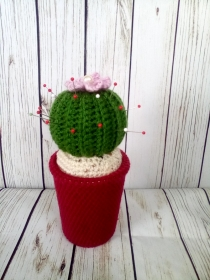 Nadelkissen, Kaktus mit lila Blume und Perle, upcycling, - Handarbeit kaufen