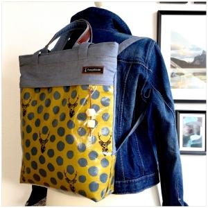 ★ Rucksacktasche ★ in heller Jeansoptik und japanischen Wachstuch