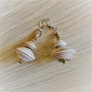 Papierperlen Ohrhänger | Recycling-Schmuck handgemacht | weiß braun