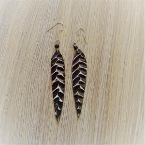 Ohrhänger aus Kuhhorn  | 8 cm lang | braun weiß schwarz