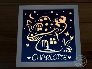 Beleuchtetes Bild Pilzhaus mit Eulen personalisierbar mit Namen